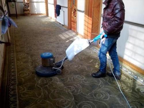 上海办公室地毯清洗需要注意哪些事项