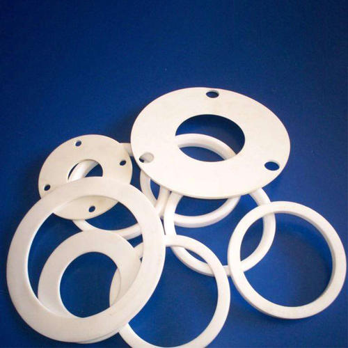 What should be considered in the selection of high temperature gasket for flange part between pipes