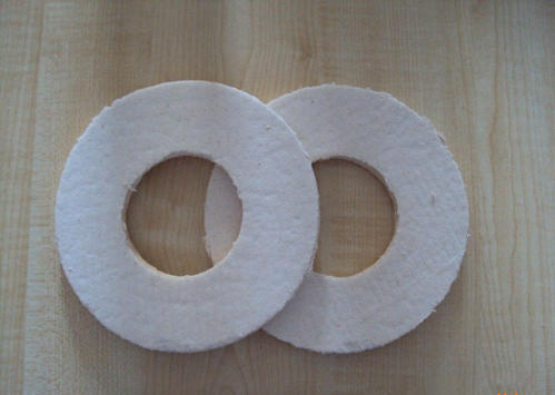 What should be considered in addition to using ceramic fiber gasket to prevent leakage?